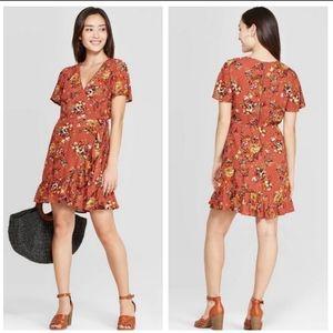 NWOT Xhilaration floral wrap vneck dress sz M